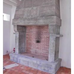 cheminée en pierre antique