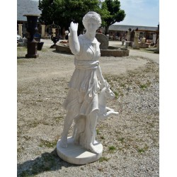 Sculpture de diane en marbre
