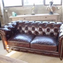 Chesterfield Marron 2 Places